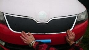 Cubre parrilla de radiador de invierno para RAPID/SPACEBACK 5D inferior