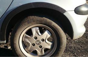 Protector plástico paso de rueda para PEUGEOT 206 3-PUERTAS 1998-2012